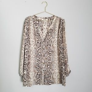 Snake skin button up blouse - size 1x- like new